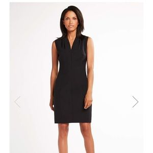 Elie Tahari V Neck Dress